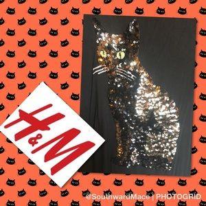 H&M black cat sequin tee